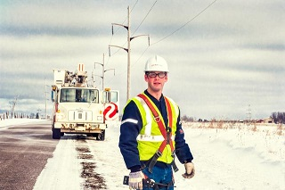 Image of a journeyman lineman